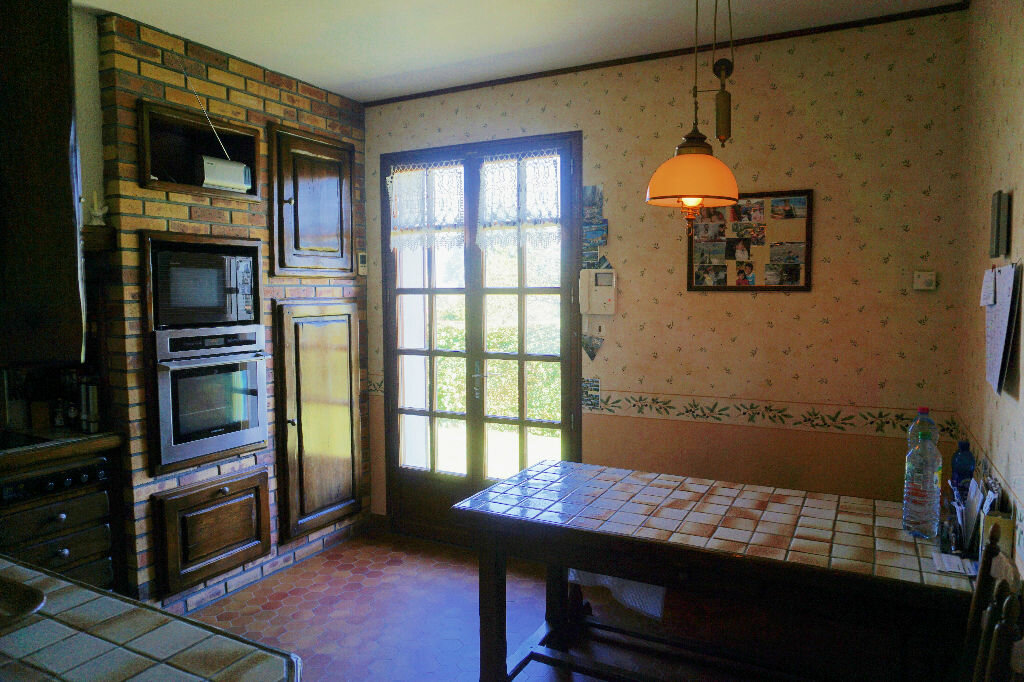 Achat Maison 7 pièces à Gournay-en-Bray - vignette-6