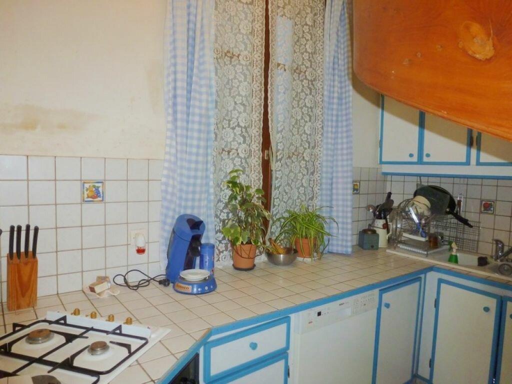 Achat Maison 6 pièces à Gournay-en-Bray - vignette-3