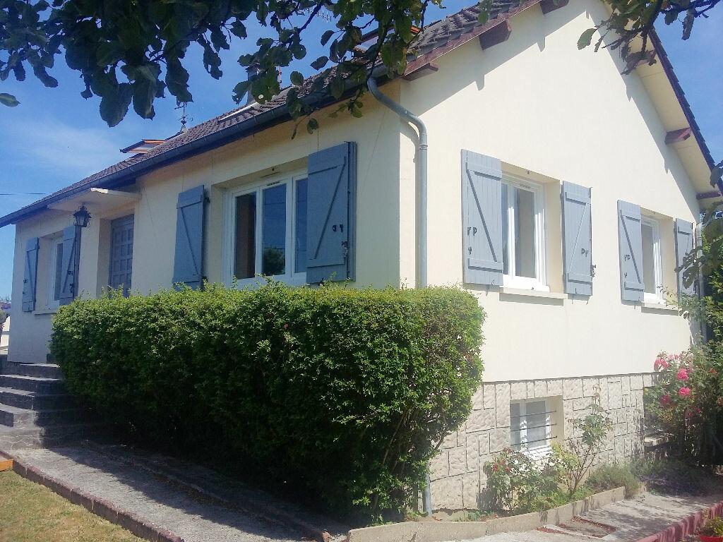 Achat Maison 5 pièces à Gournay-en-Bray - vignette-1