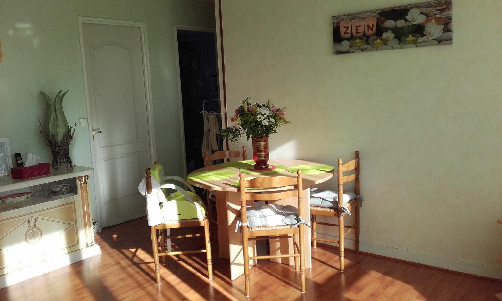 Achat Appartement 3 pièces à Gisors - vignette-1