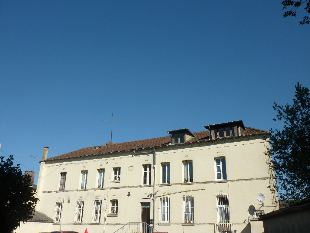Achat Immeuble  à Noailles - vignette-1