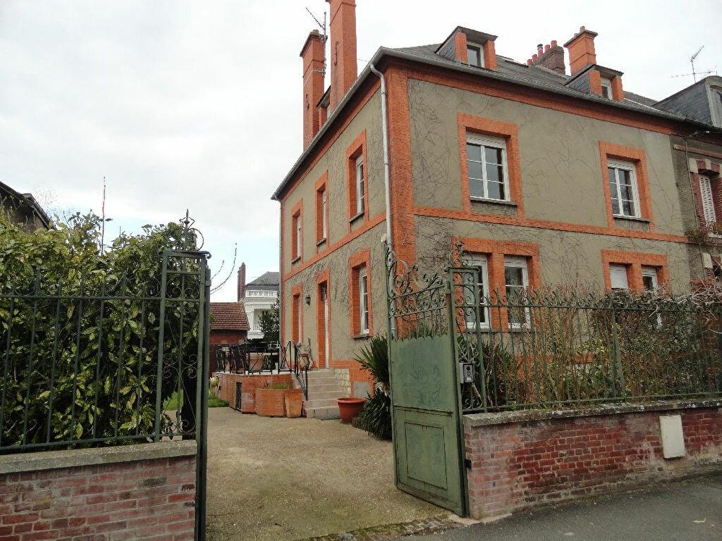 Achat Maison 9 pièces à Gisors - vignette-1