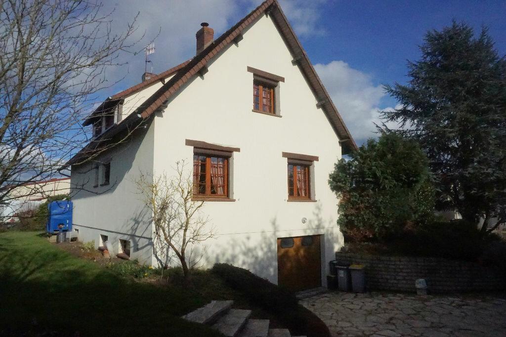 Achat Maison 6 pièces à Gournay-en-Bray - vignette-10