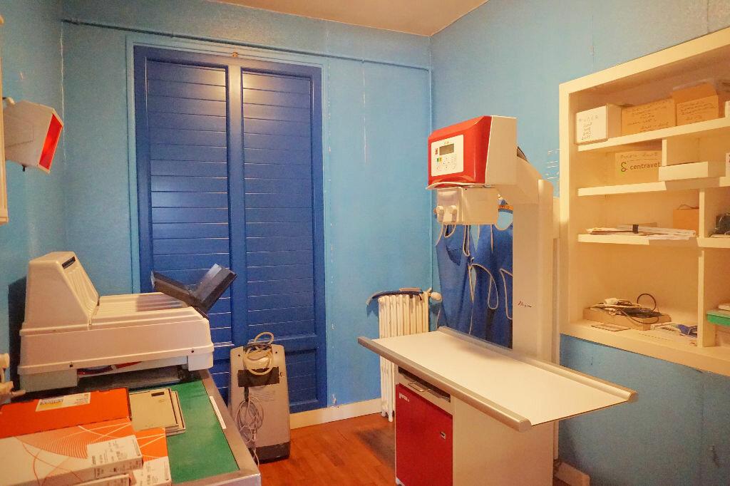 Achat Maison 10 pièces à Gournay-en-Bray - vignette-8