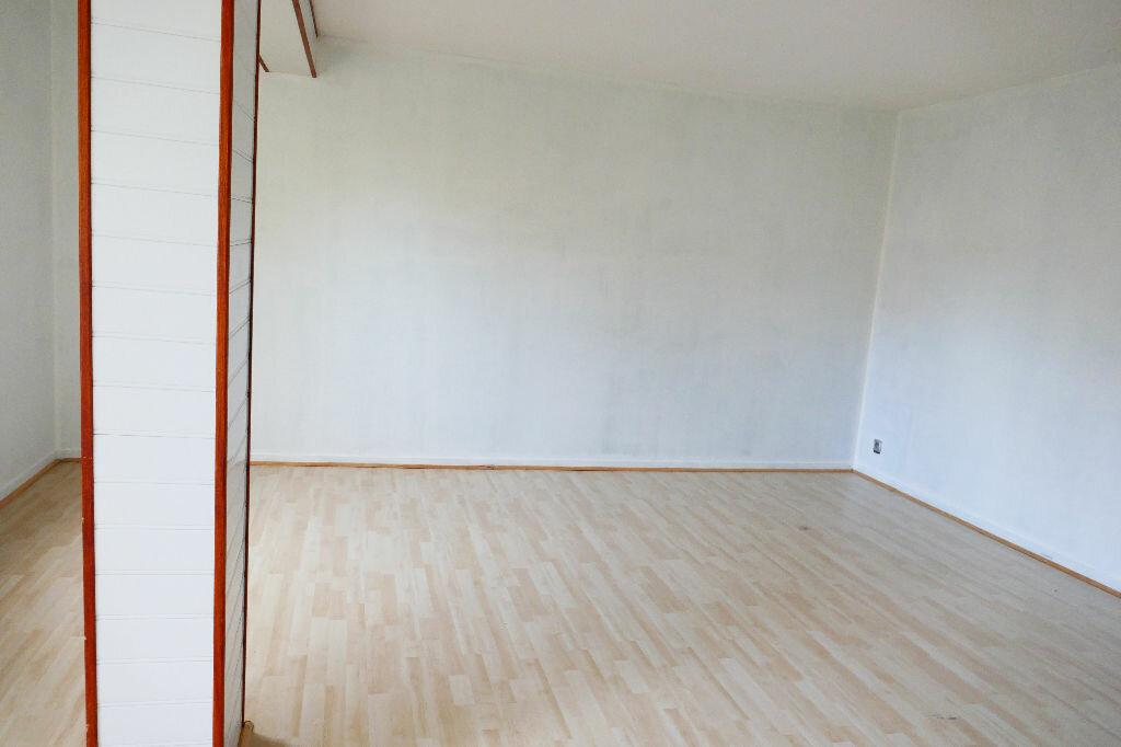 Achat Appartement 2 pièces à Gisors - vignette-6