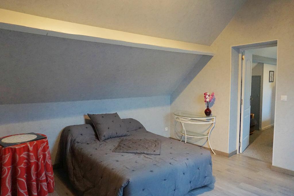 Achat Maison 5 pièces à Ferrières-en-Bray - vignette-8
