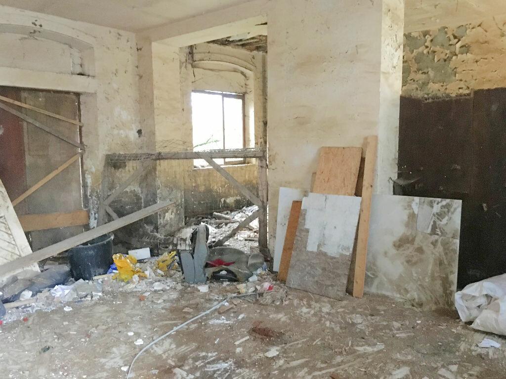Achat Maison 8 pièces à Gournay-en-Bray - vignette-2