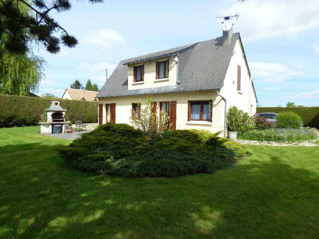 Achat Maison 4 pièces à Lyons-la-Forêt - vignette-1