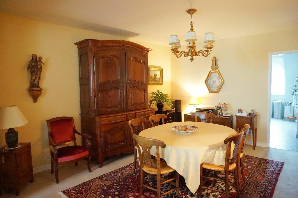Achat Appartement 5 pièces à Avesnes-en-Bray - vignette-2