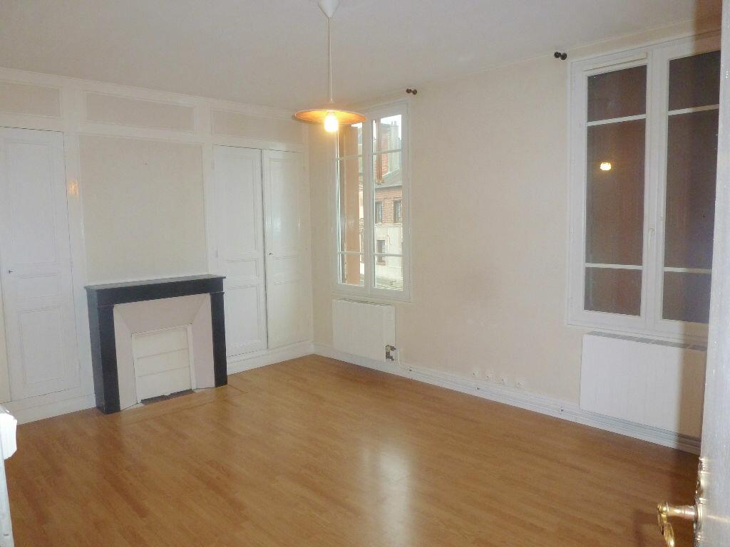 Achat Appartement 3 pièces à Gournay-en-Bray - vignette-1