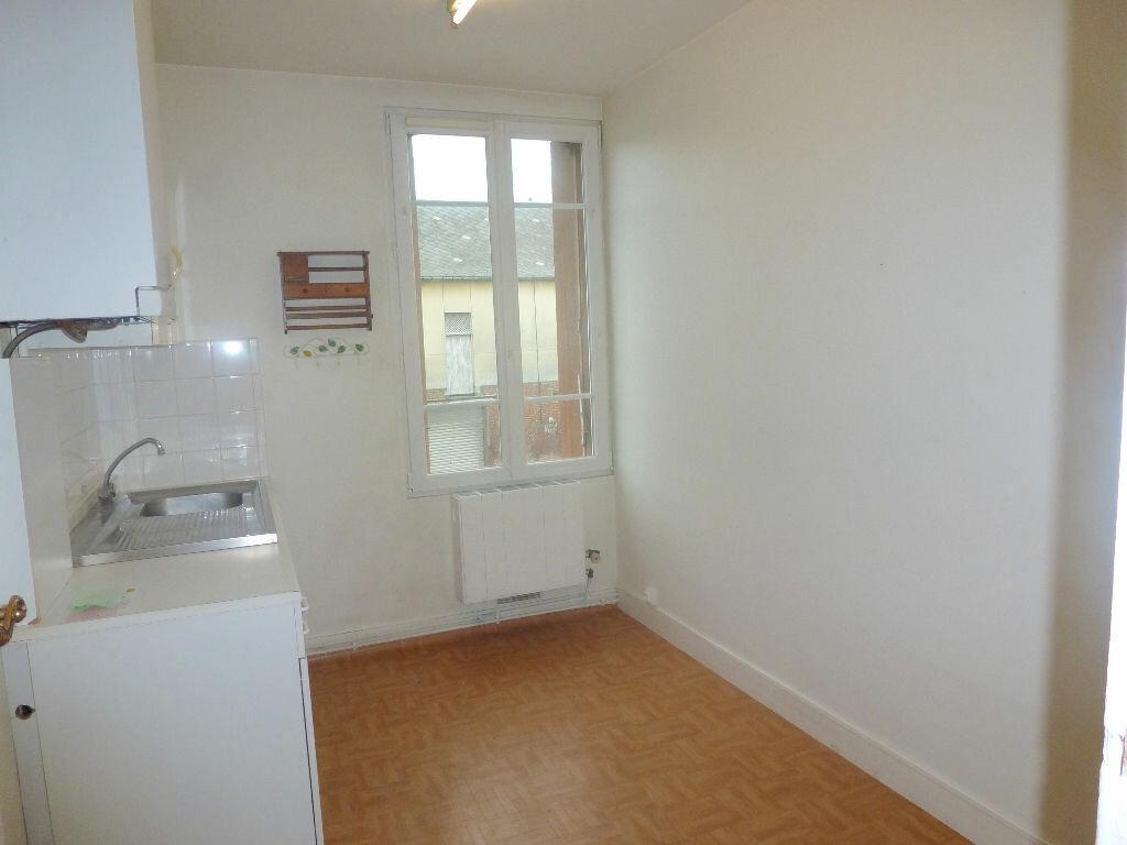 Achat Appartement 3 pièces à Gournay-en-Bray - vignette-3