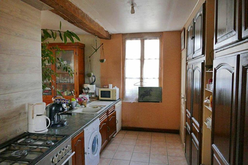 Achat Maison 7 pièces à Ferrières-en-Bray - vignette-3