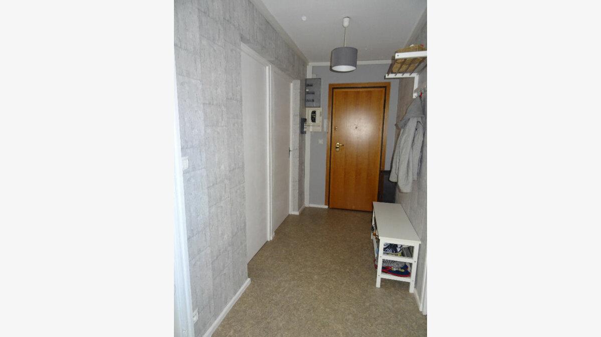 Achat Appartement 4 pièces à Villefranche-sur-Saône - vignette-3