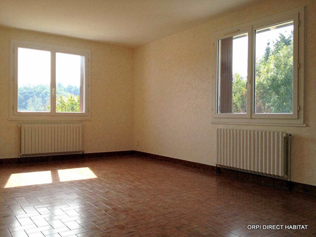 Location Maison 3 pièces à Sainte-Euphémie - vignette-1