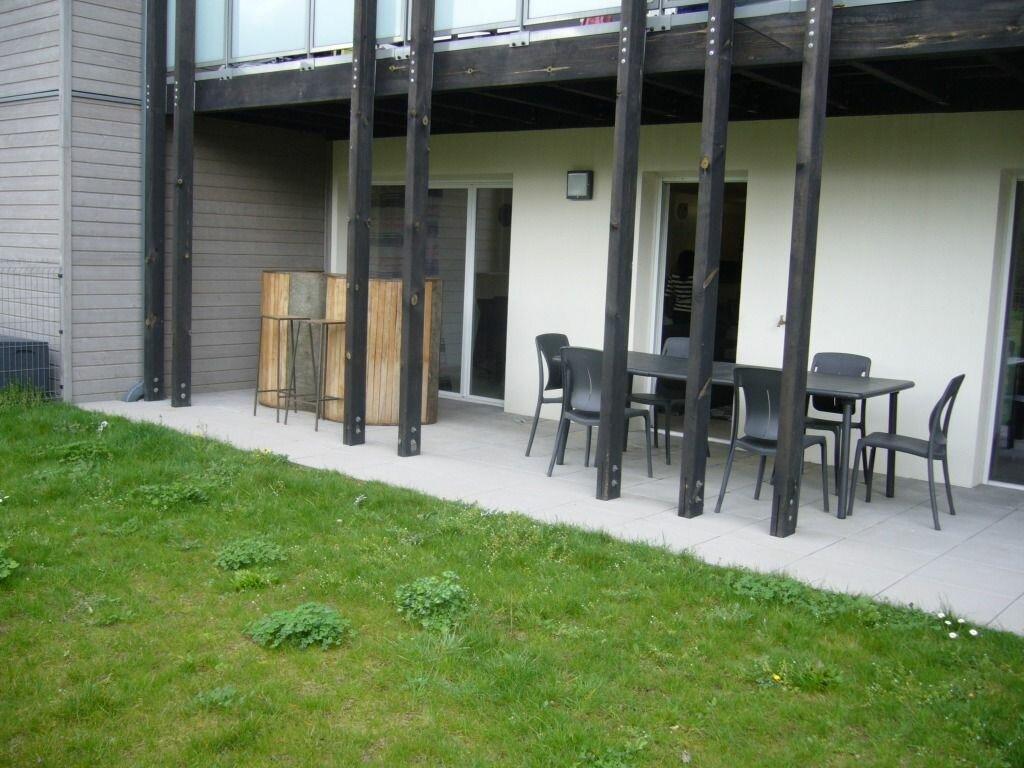 Achat Appartement 4 pièces à Neuville-sur-Saône - vignette-6
