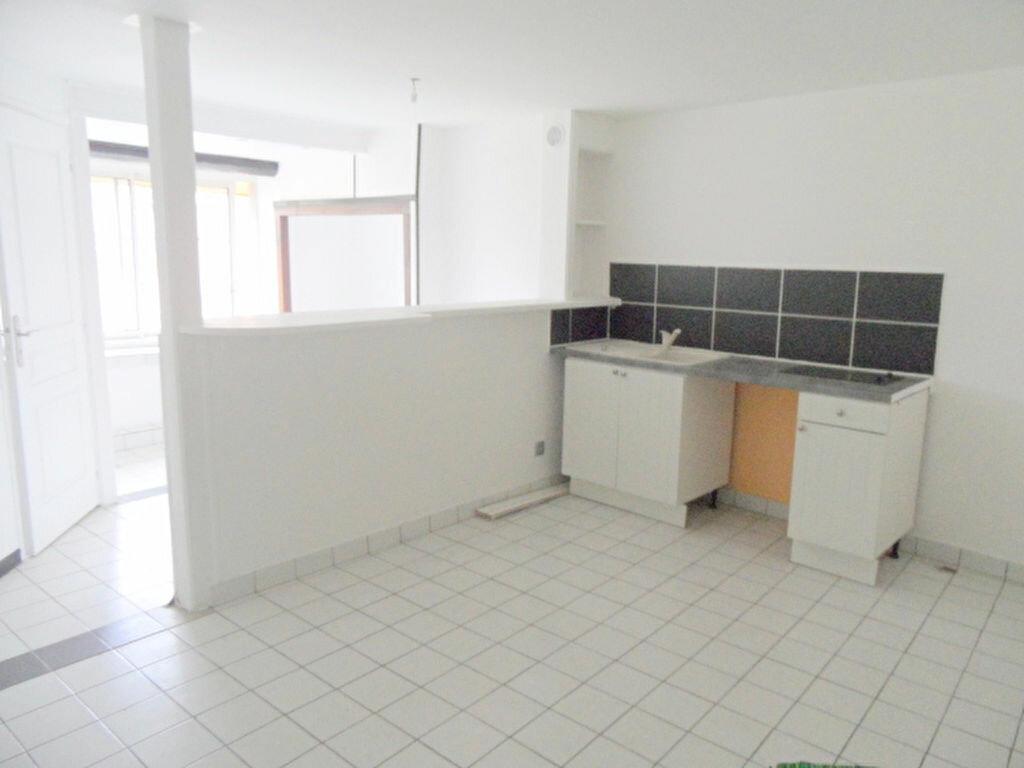 Achat Appartement 2 pièces à Couzon-au-Mont-d'Or - vignette-1