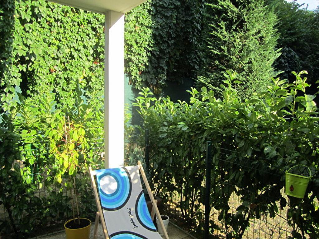 Achat Appartement 3 pièces à Collonges-au-Mont-d'Or - vignette-1