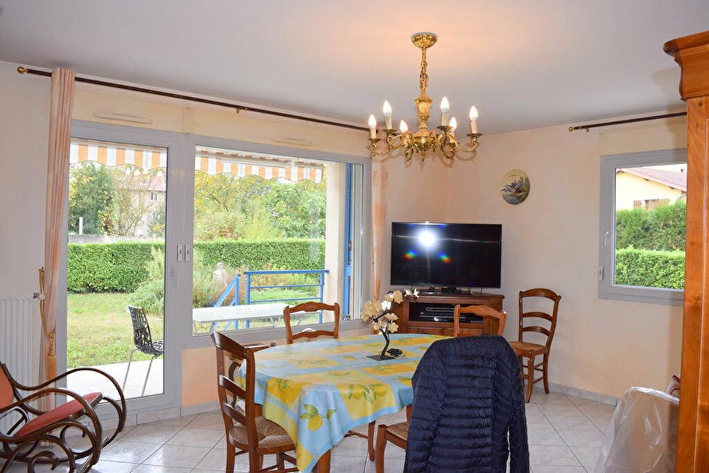Achat Appartement 3 pièces à Neuville-sur-Saône - vignette-1