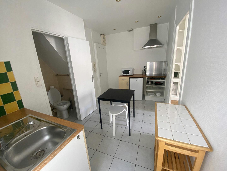 Location Appartement 1 pièce à Bourges - vignette-5