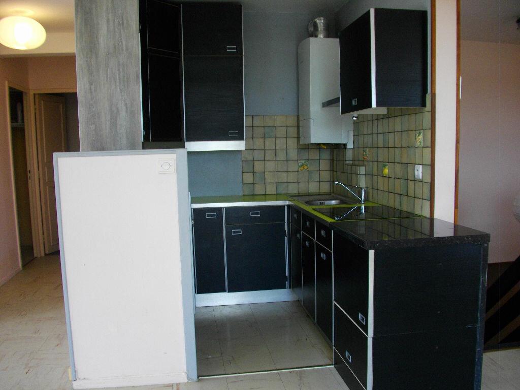 Location Appartement 4 pièces à Bourges - vignette-5