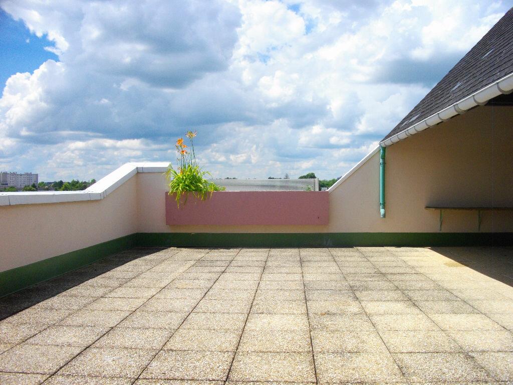 Location Appartement 4 pièces à Bourges - vignette-6