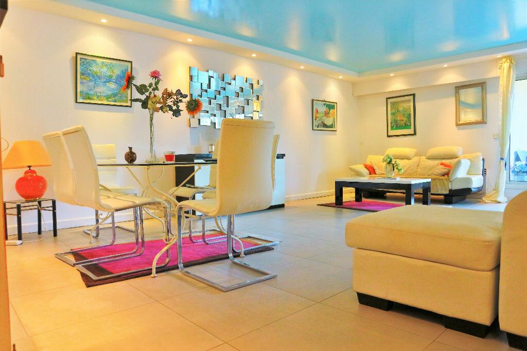 Achat Appartement 4 pièces à Cannes - vignette-1