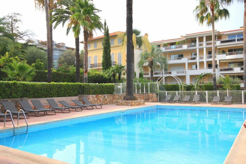 Achat Appartement 4 pièces à Cannes - vignette-2