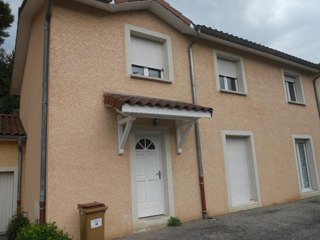 Achat Maison 4 pièces à Bourgoin-Jallieu - vignette-1