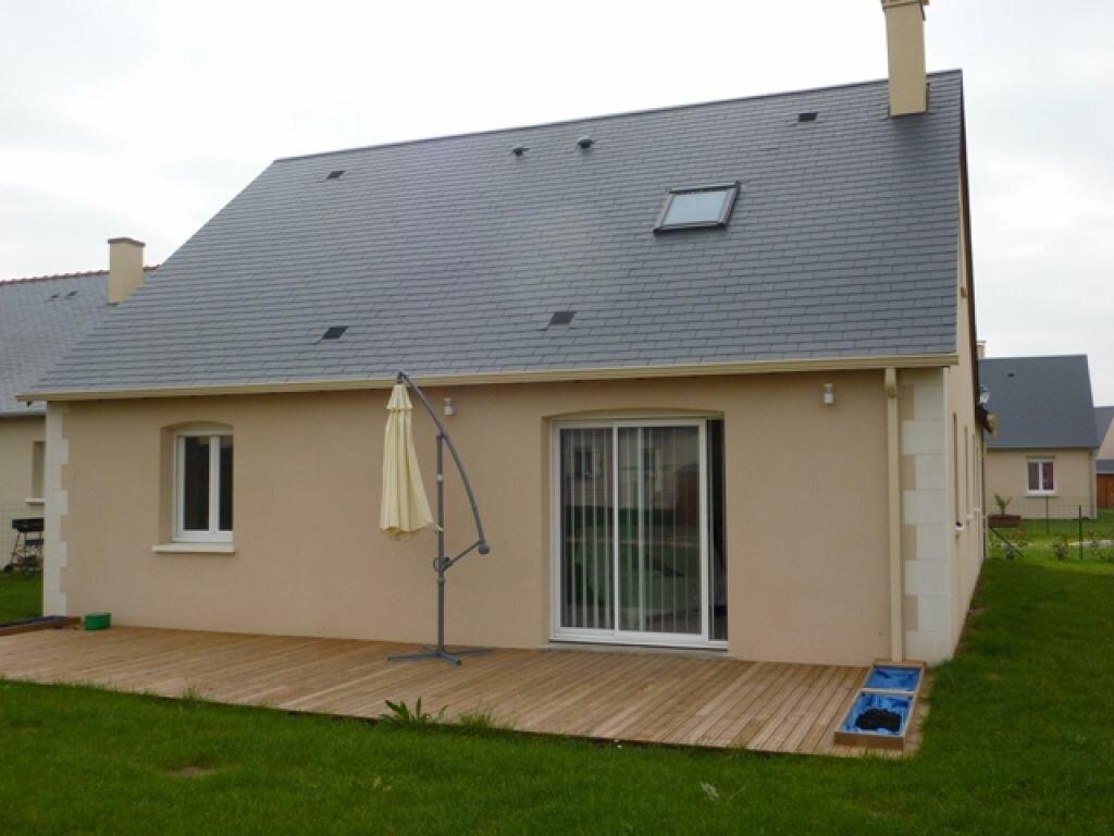 Location Maison 5 pièces à Esvres - vignette-1