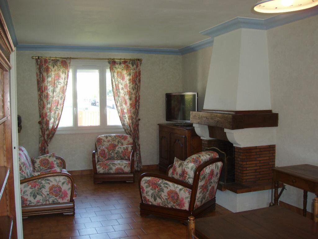 Achat Maison 4 pièces à Saint-Cyr-sur-Loire - vignette-1