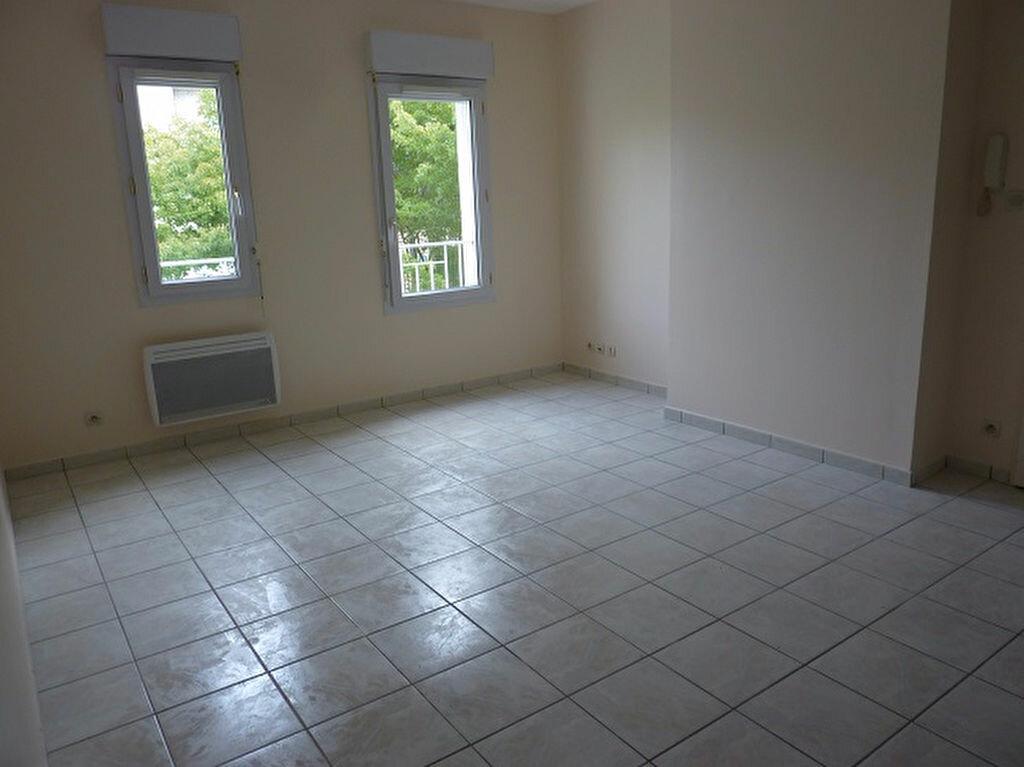 Location Appartement 2 pièces à Tours - vignette-2