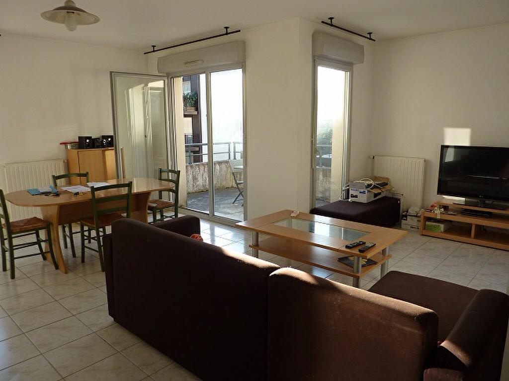 Location Appartement 2 pièces à La Riche - vignette-1