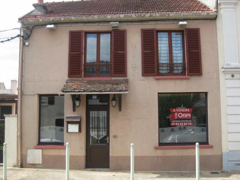 Achat Maison 5 pièces à Villeneuve-le-Comte - vignette-1