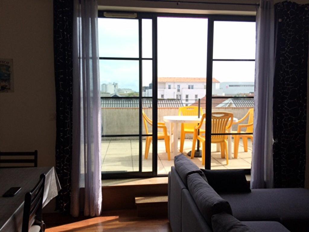 Location Appartement 4 pièces à La Rochelle - vignette-1