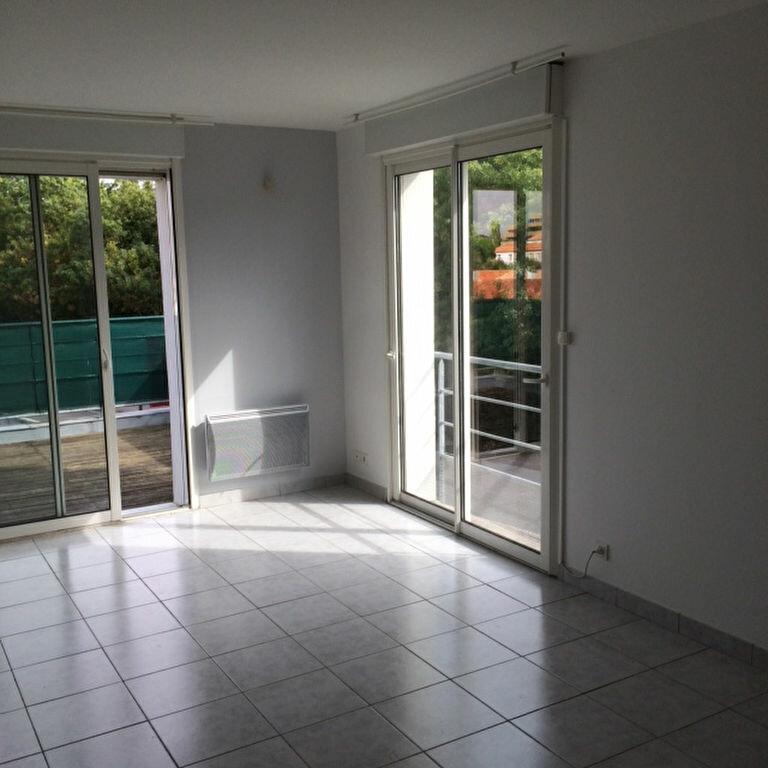 Location Appartement 3 pièces à Aytré - vignette-1