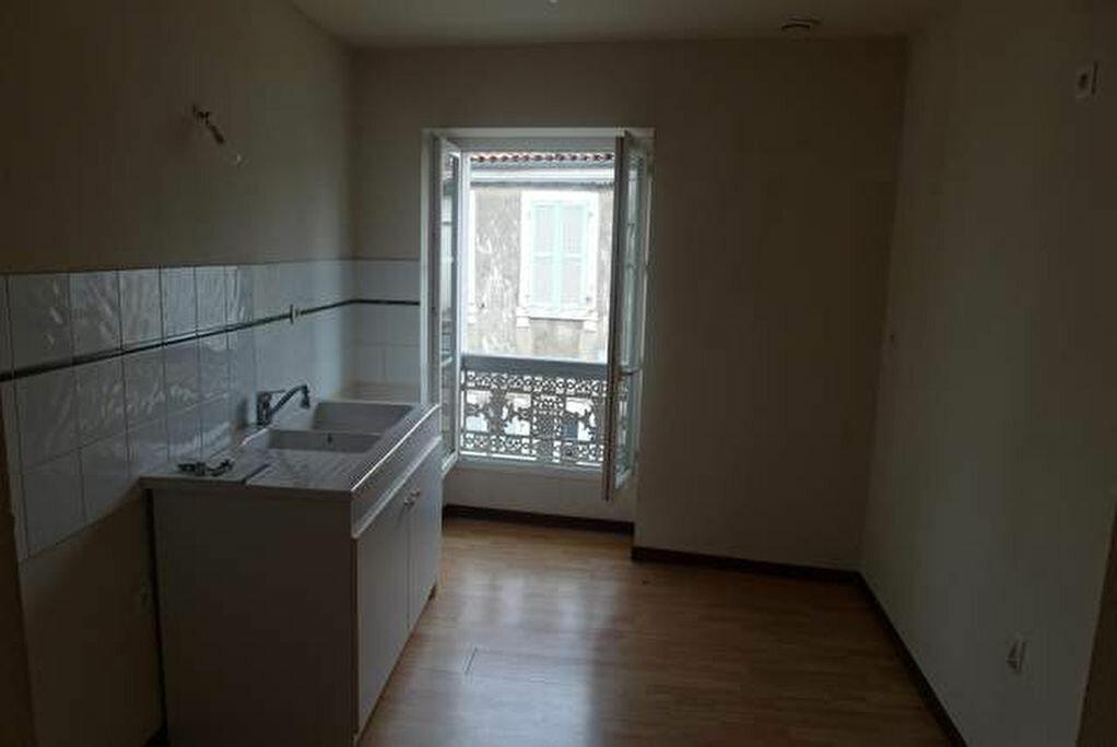 Achat Appartement 2 pièces à Saint-Sever - vignette-3