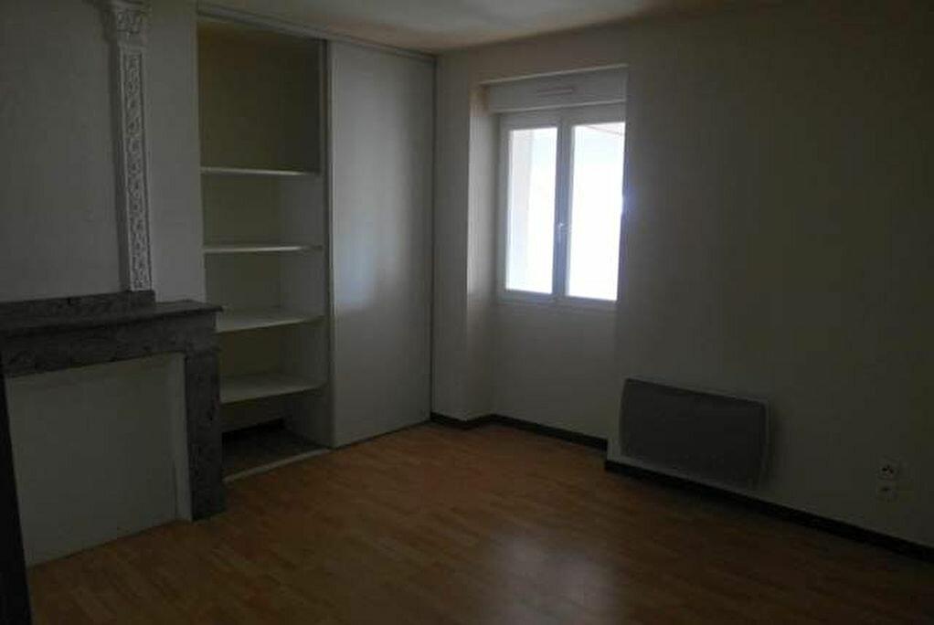 Achat Appartement 2 pièces à Saint-Sever - vignette-5