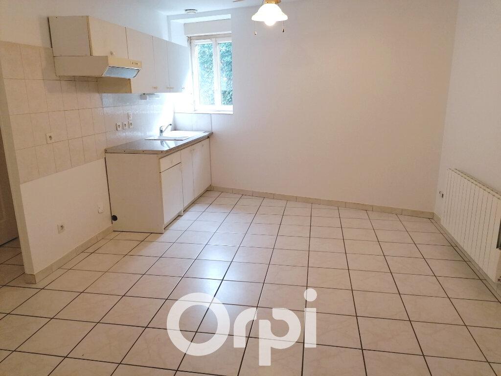 Location Appartement 2 pièces à Salagnon - vignette-1