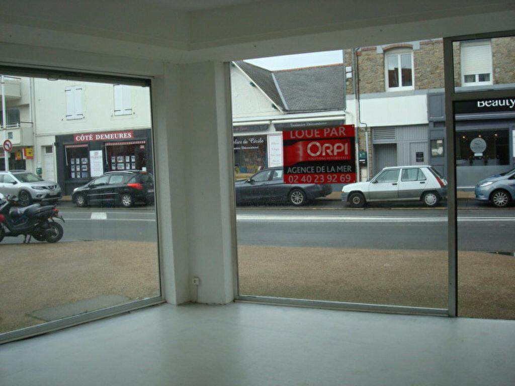Location Local commercial  à La Baule-Escoublac - vignette-1