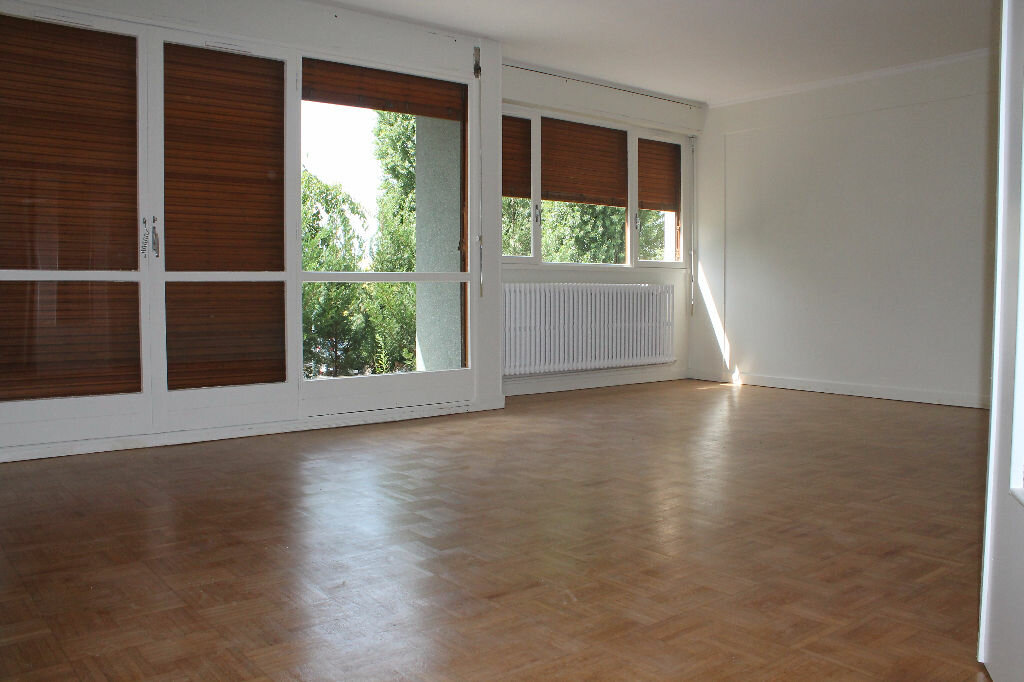 Location Appartement 3 pièces à Chambourcy - vignette-1