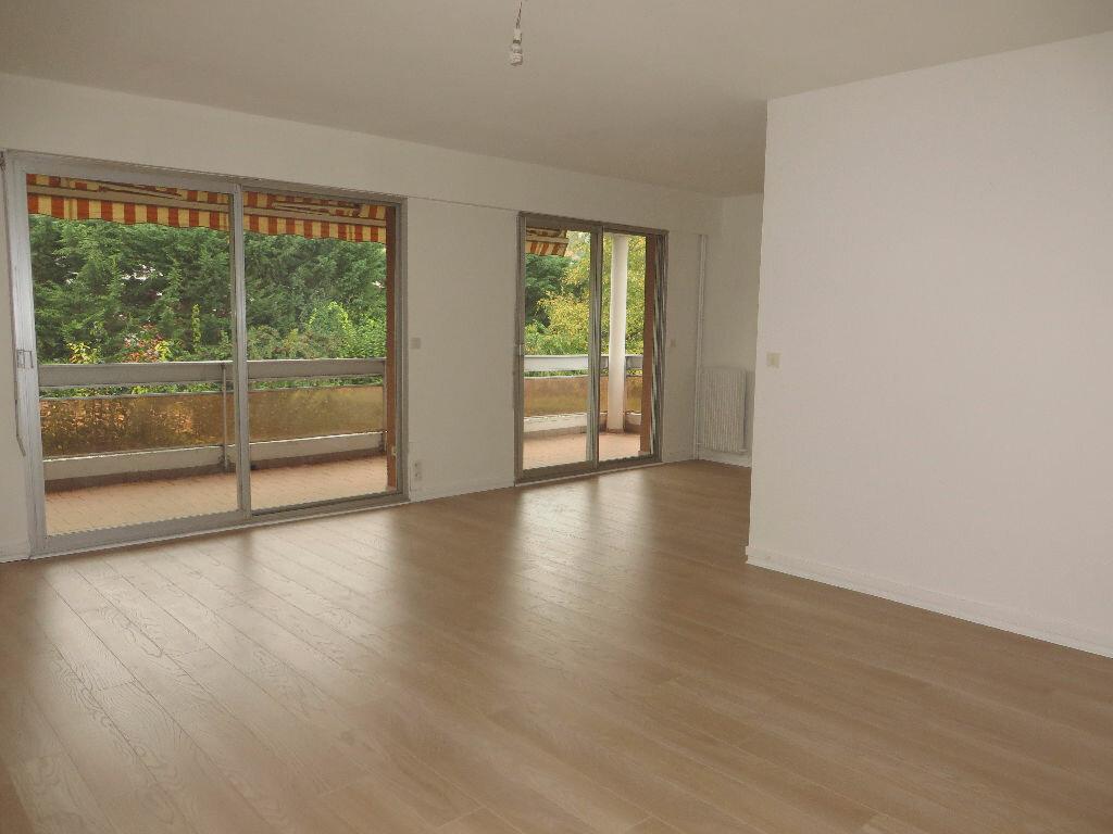 Achat Appartement 4 pièces à Chambourcy - vignette-1