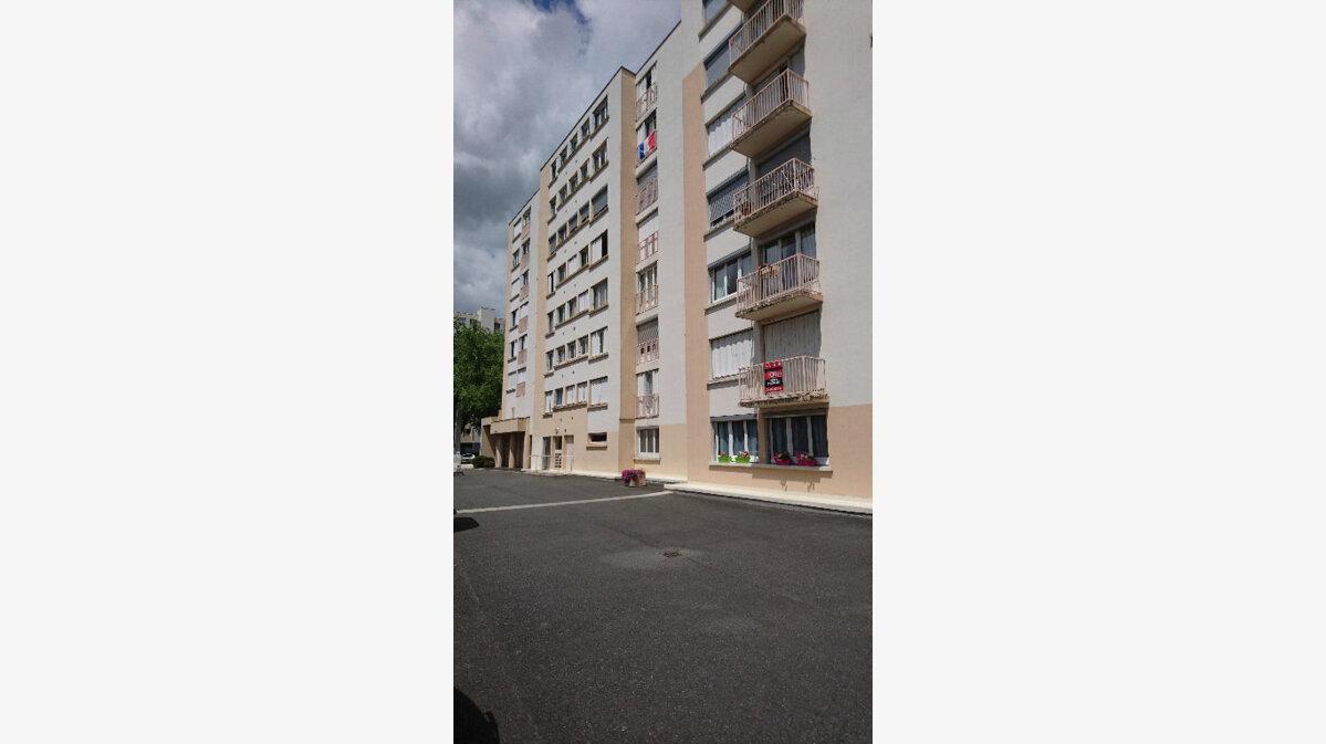 Achat Appartement 5 pièces à Vichy - vignette-2