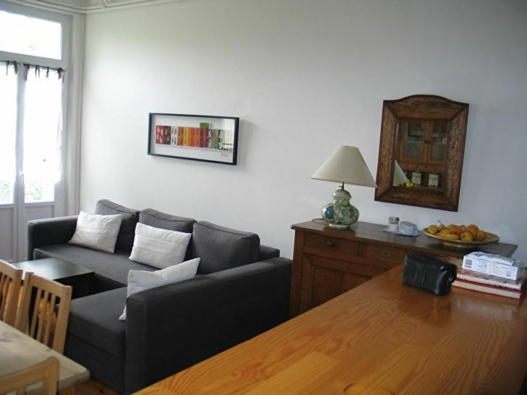 Achat Appartement 3 pièces à Vichy - vignette-1