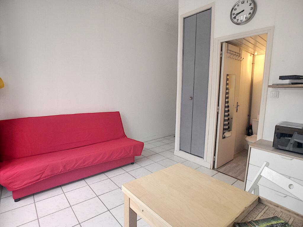 Achat Appartement 1 pièce à Vichy - vignette-1