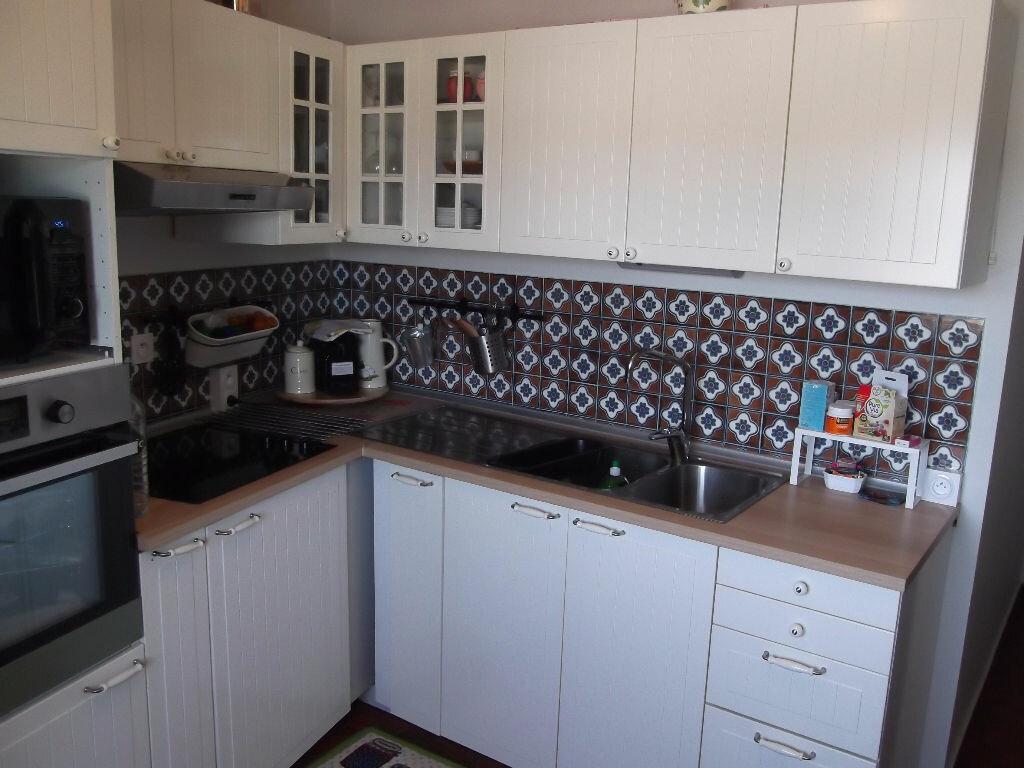 Achat Appartement 3 pièces à Bellerive-sur-Allier - vignette-6