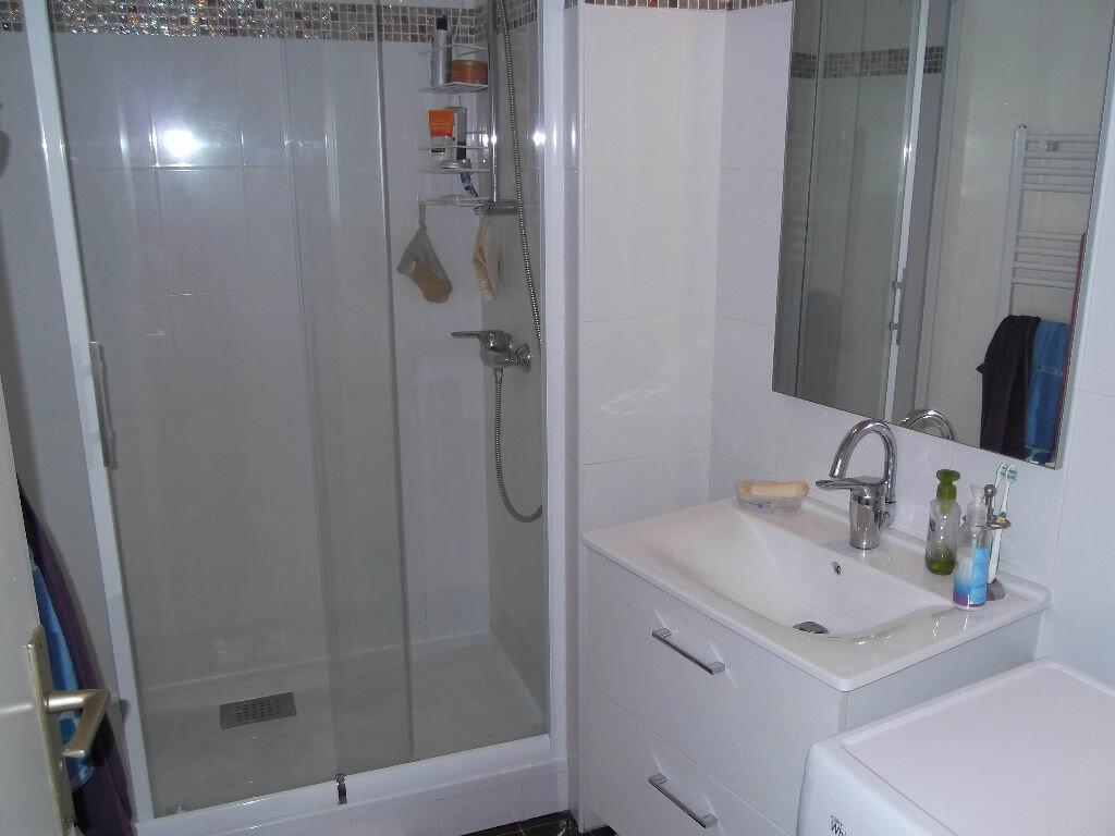 Achat Appartement 3 pièces à Bellerive-sur-Allier - vignette-7