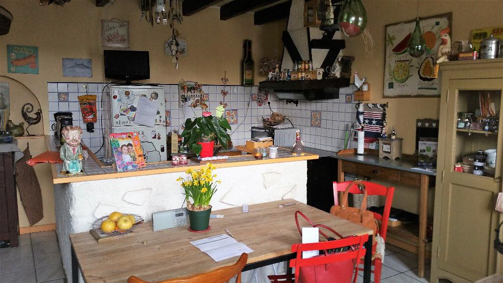 Achat Maison 4 pièces à Espinasse-Vozelle - vignette-2