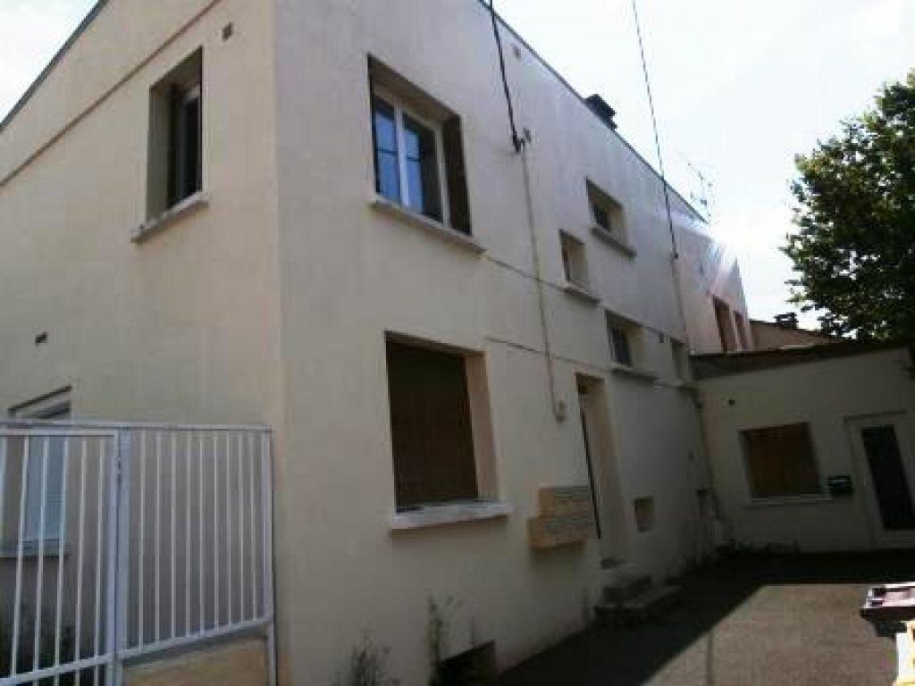 Location Appartement 1 pièce à Montluçon - vignette-5