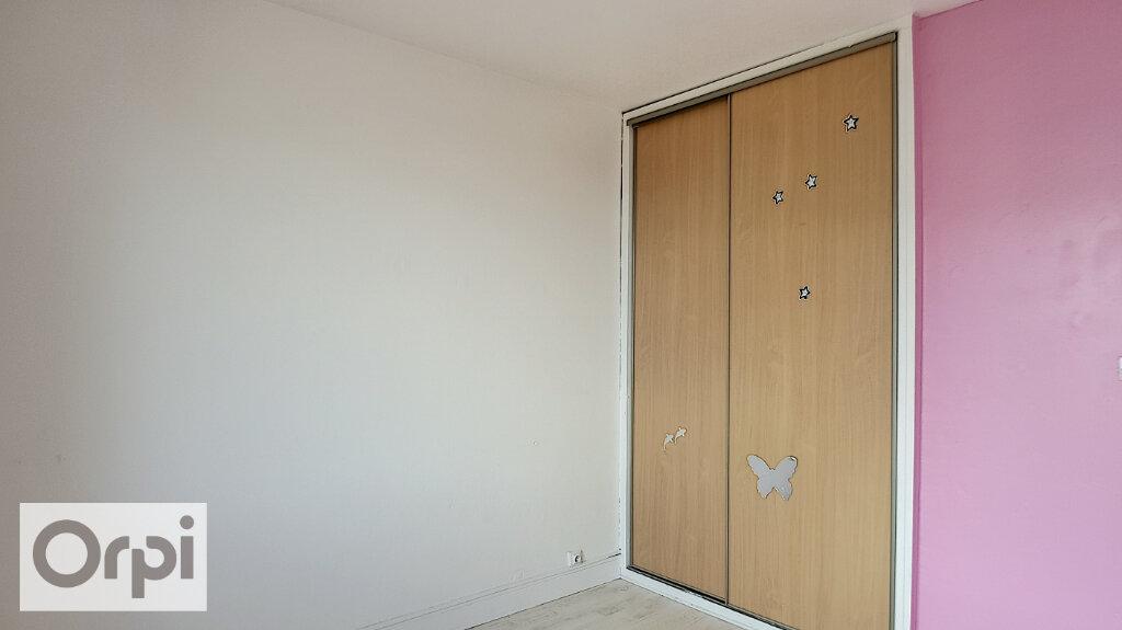 Location Appartement 3 pièces à Montluçon - vignette-6