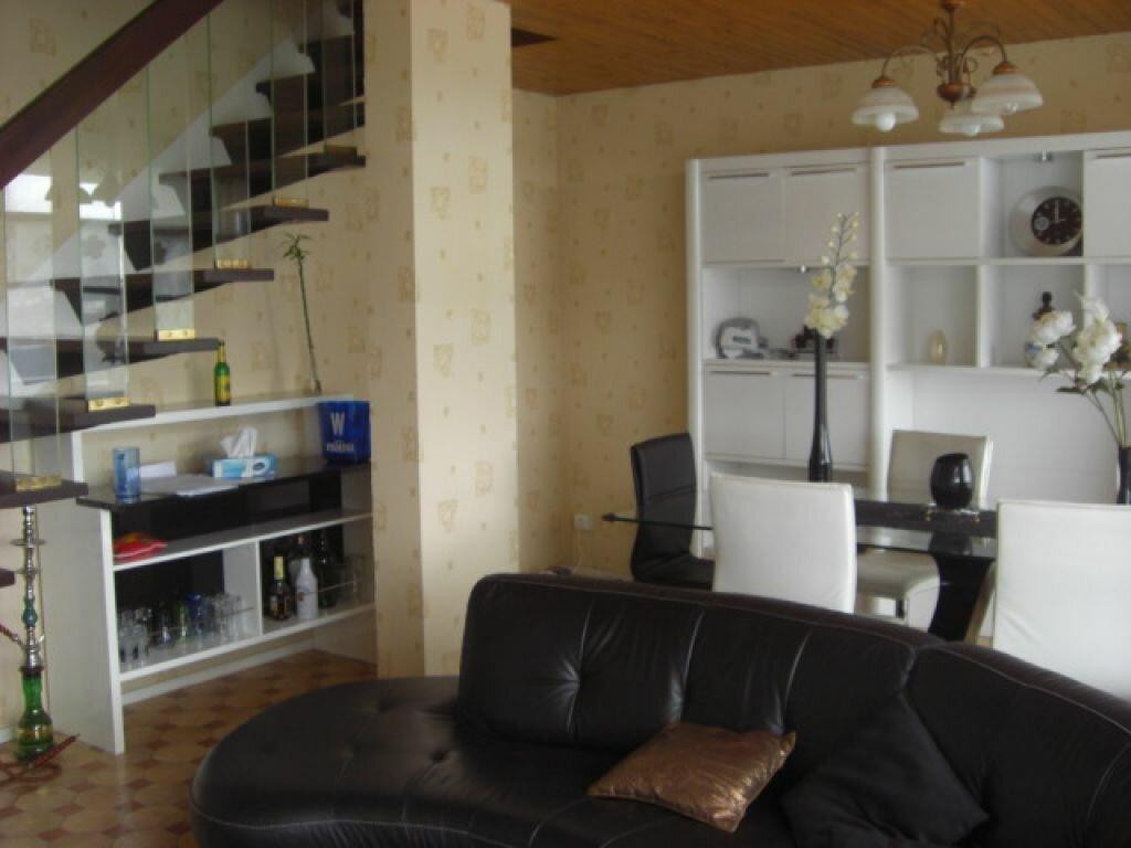 Location Appartement 4 pièces à Montluçon - vignette-2